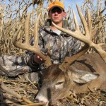 illinois-monster-nontypical-droptine-buck-1