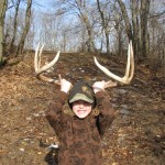 illinois-monster-whitetail-buck-sheds-002
